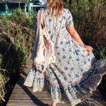 Miss June Maxikleid, romantisch-farbenfrohes Wear-all-year-piece ab 169,-