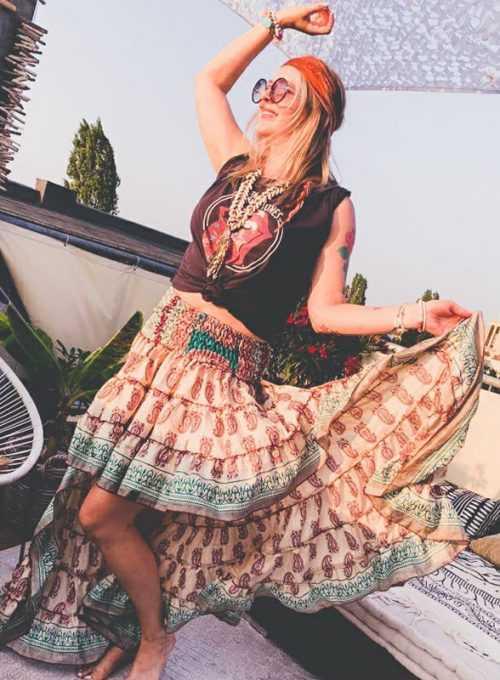 Ibiza Seidenrock - das Must Have für einen endlosen Sommer für 64,-