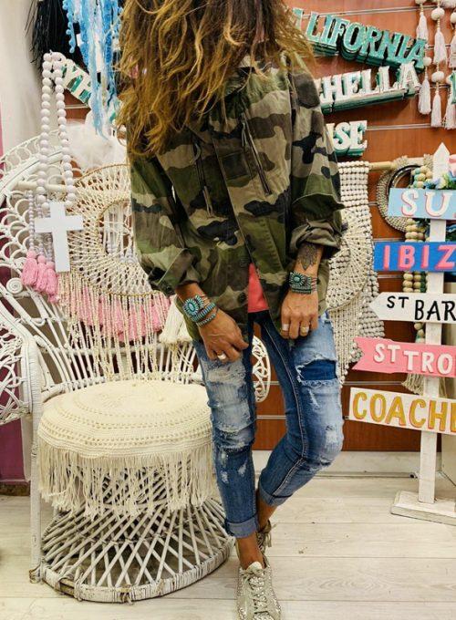Die Military Jacke im Hippie Style mit Boho Blumenprint für 99,-